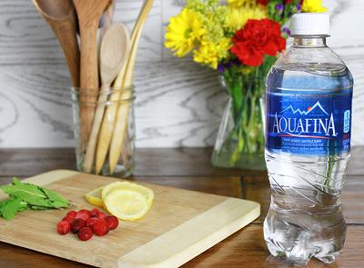 Nước uống tinh khiết Aquafina quận 7